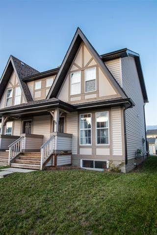 Townhouse for sale at 38 Elgin Meadows Garden(s) Southeast Calgary Alberta - MLS: C4270654