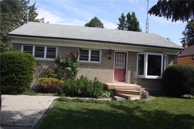 Sold: 38 Fairglen Avenue, Brampton, ON