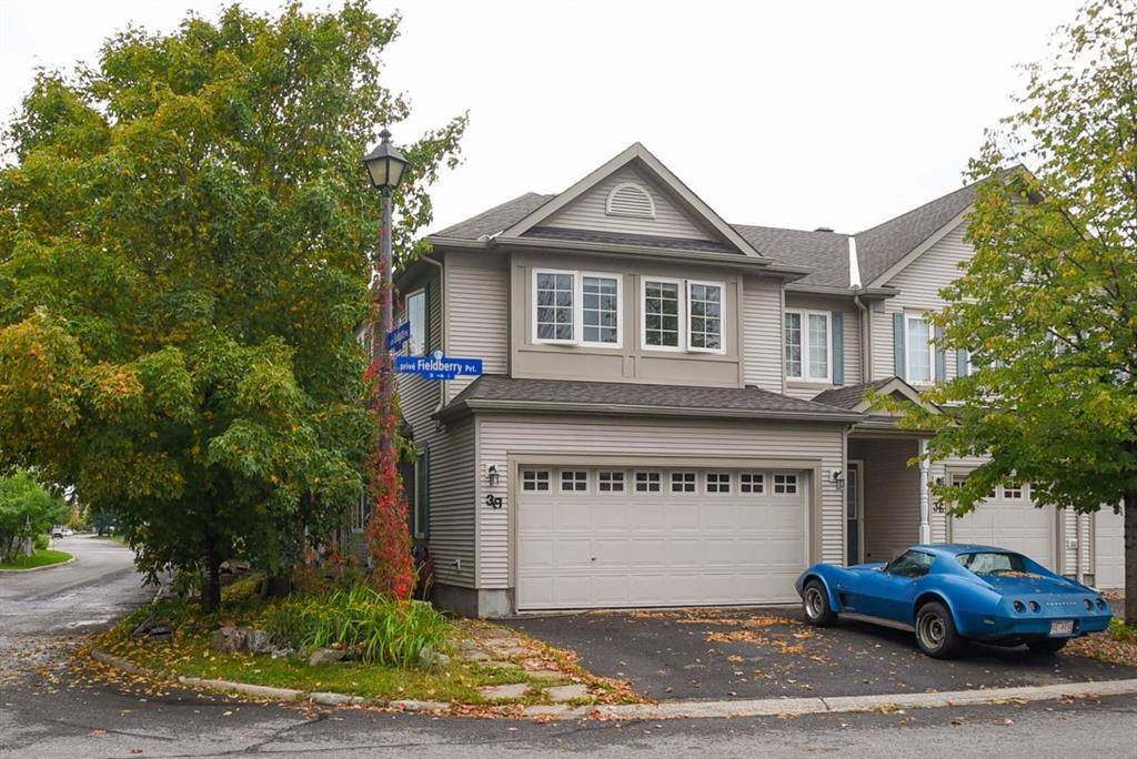 Townhouse for sale at 38 Fieldberry Pt Ottawa Ontario - MLS: 1169761