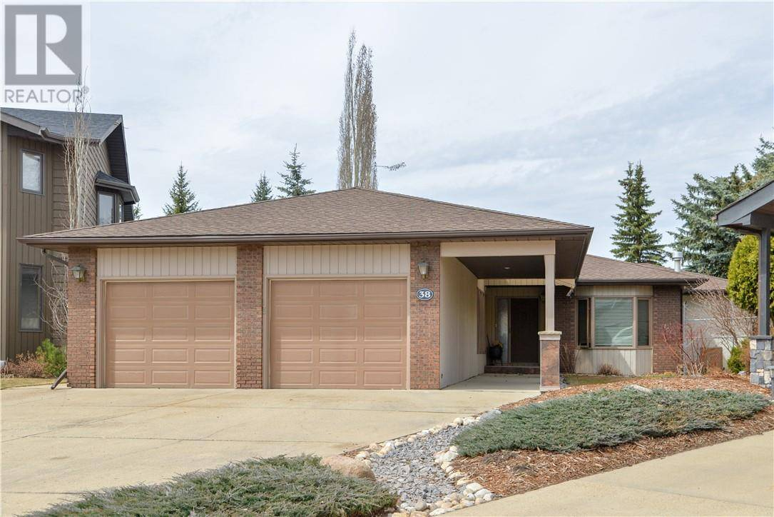 House for sale at 38 Flagstaff Cs Red Deer Alberta - MLS: ca0190008