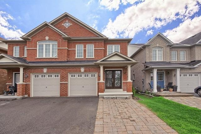 For Sale: 38 Four Seasons Crescent, Newmarket, ON | 3 Bed, 3 Bath Townhouse for $668,000. See 20 photos!