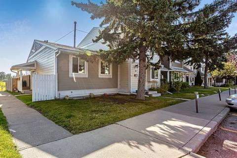 Townhouse for sale at 38 Georgian Villa(s) Northeast Calgary Alberta - MLS: C4266743