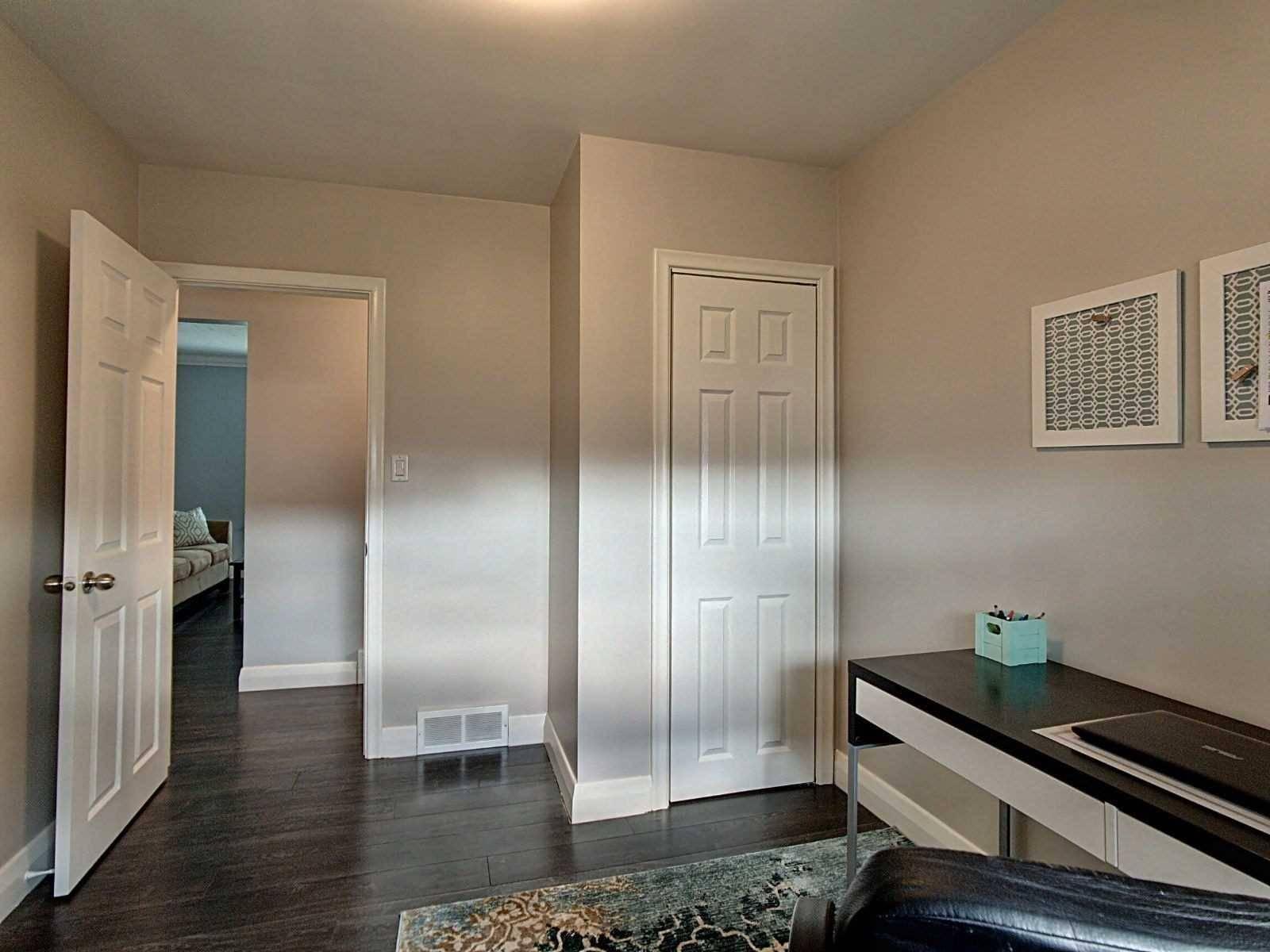 38 Golden Boulevard, Welland — For Sale @ $409,900   Zolo.ca