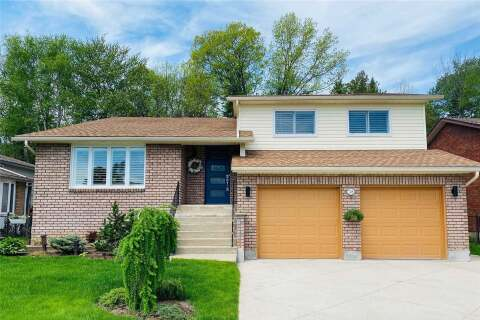House for sale at 38 Innisbrook Dr Wasaga Beach Ontario - MLS: S4772035