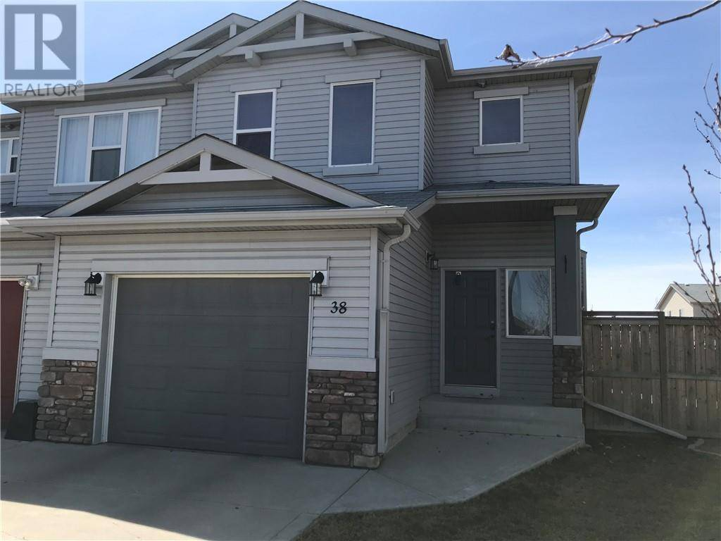 Townhouse for sale at 38 Jade Pl Red Deer Alberta - MLS: ca0186647
