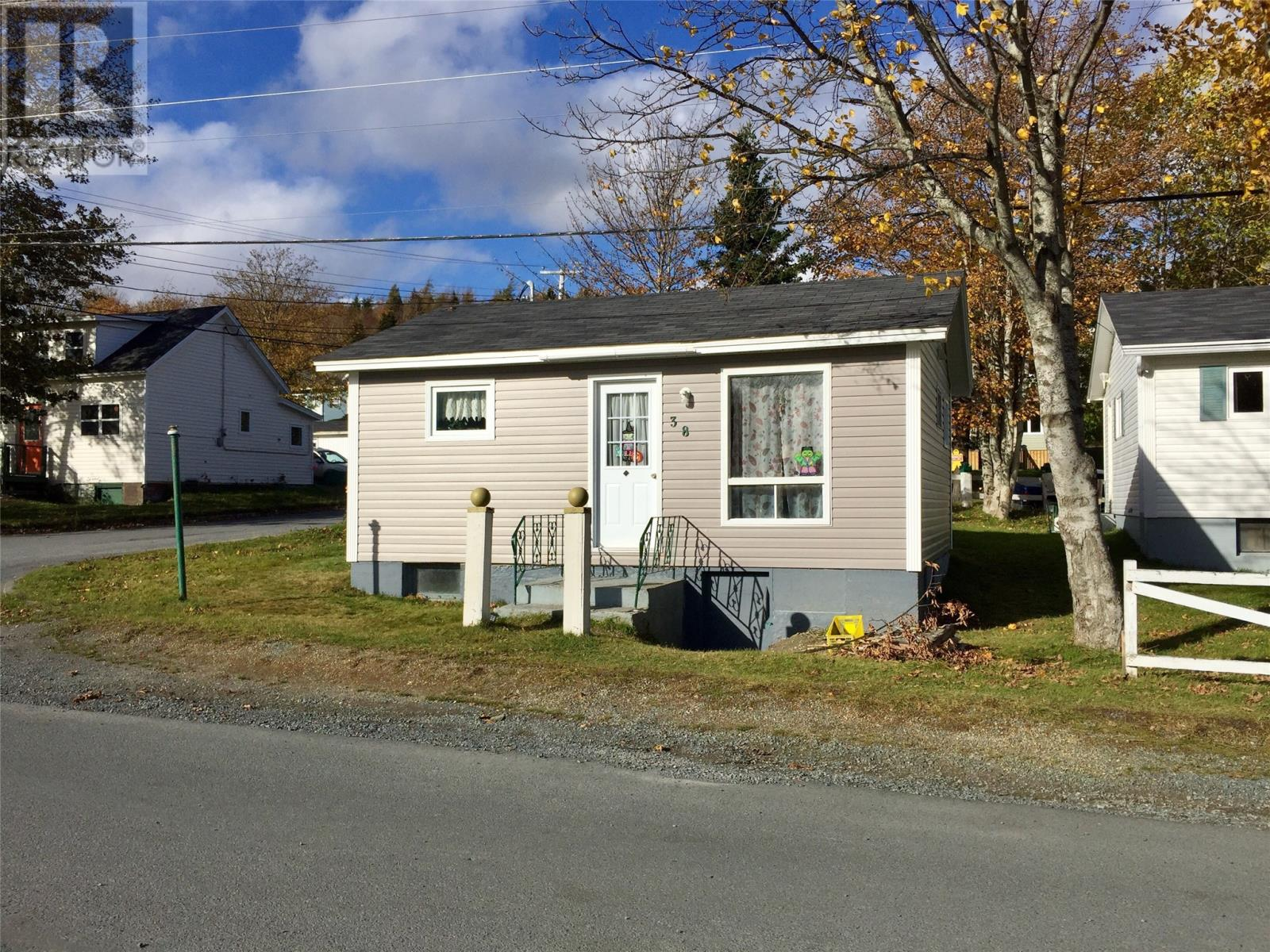 Removed: 38 Lemarchant Street, Carbonear, NL - Removed on 2019-10-31 06:12:05