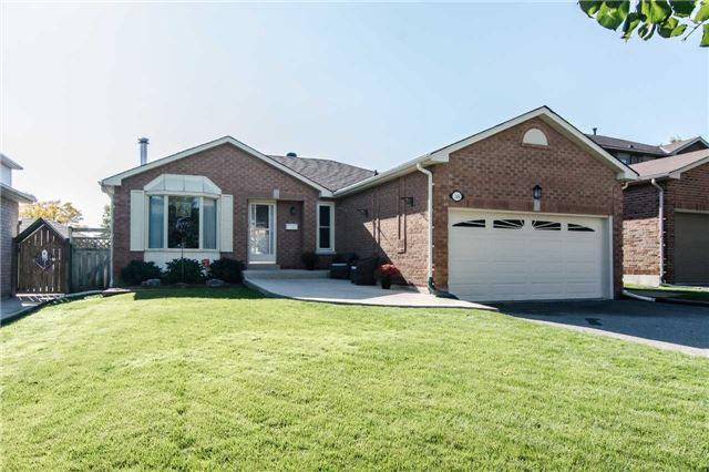 House for sale at 38 Lillian Crescent Clarington Ontario - MLS: E4273869