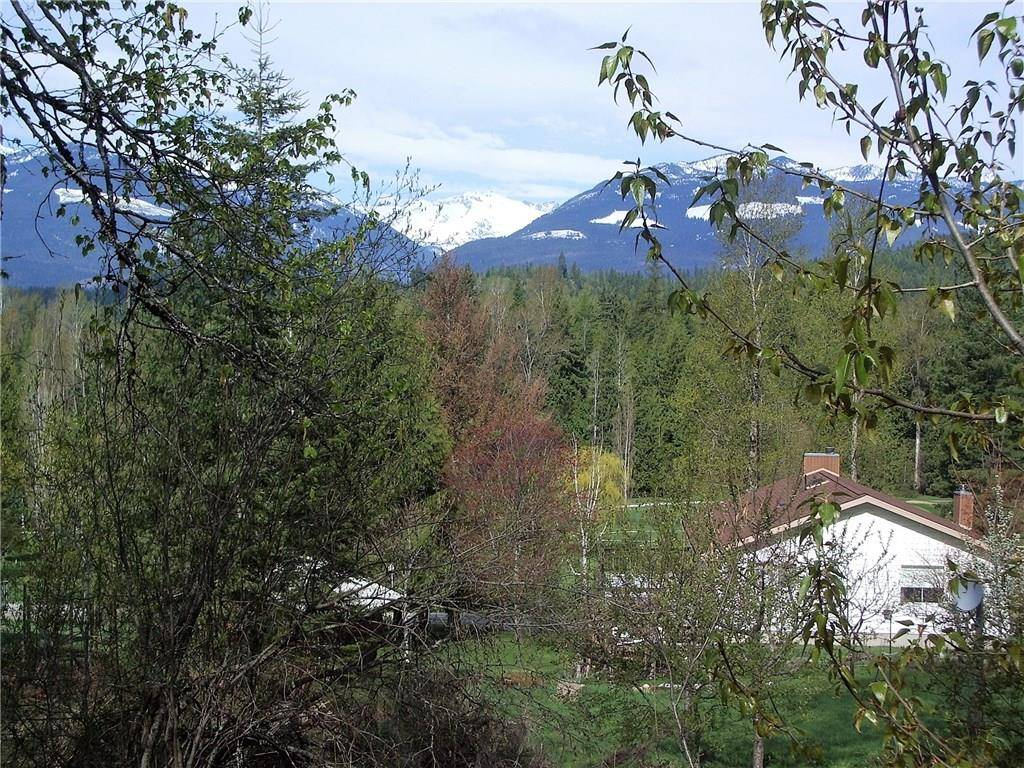 Home for sale at 0 Selkirk Rd Unit 38 Crawford Bay British Columbia - MLS: 2438957