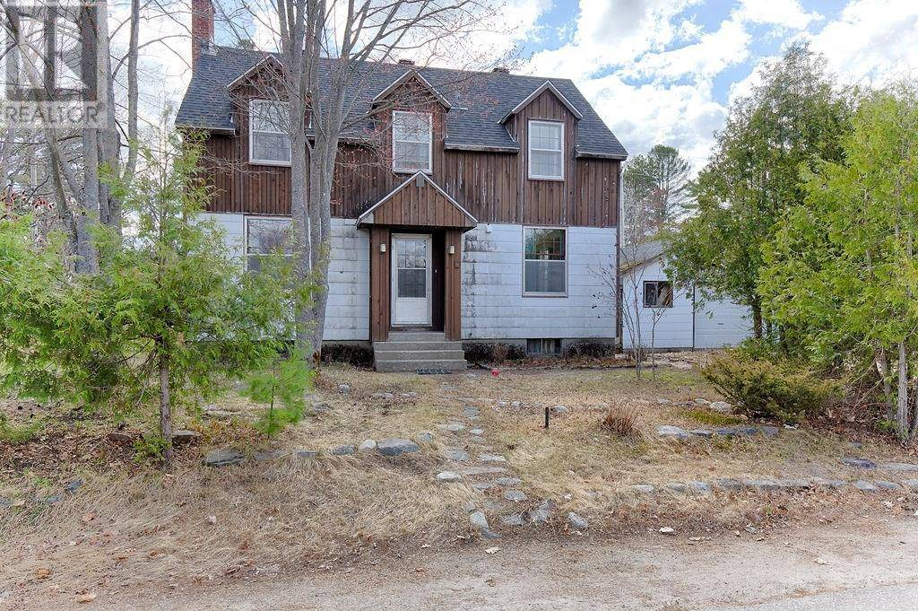House for sale at 38 Parkdale Ave Deep River Ontario - MLS: 1178546