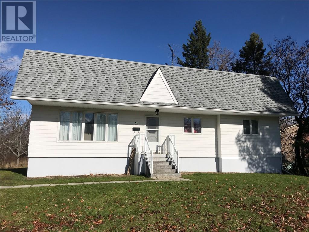Removed: 38 Queen Street East, St Stephen, NB - Removed on 2018-11-28 04:39:11