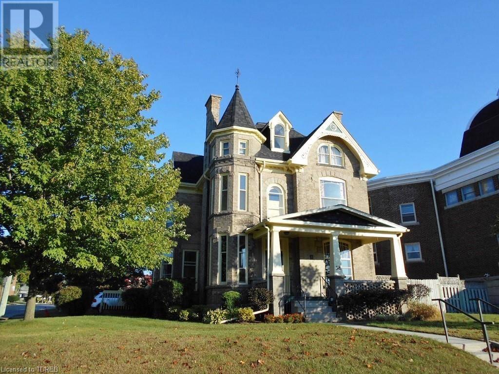 House for sale at 38 Ridout St West Tillsonburg Ontario - MLS: 221365
