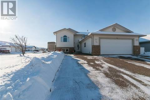 House for sale at 38 Riverview Dr Se Redcliff Alberta - MLS: mh0158843