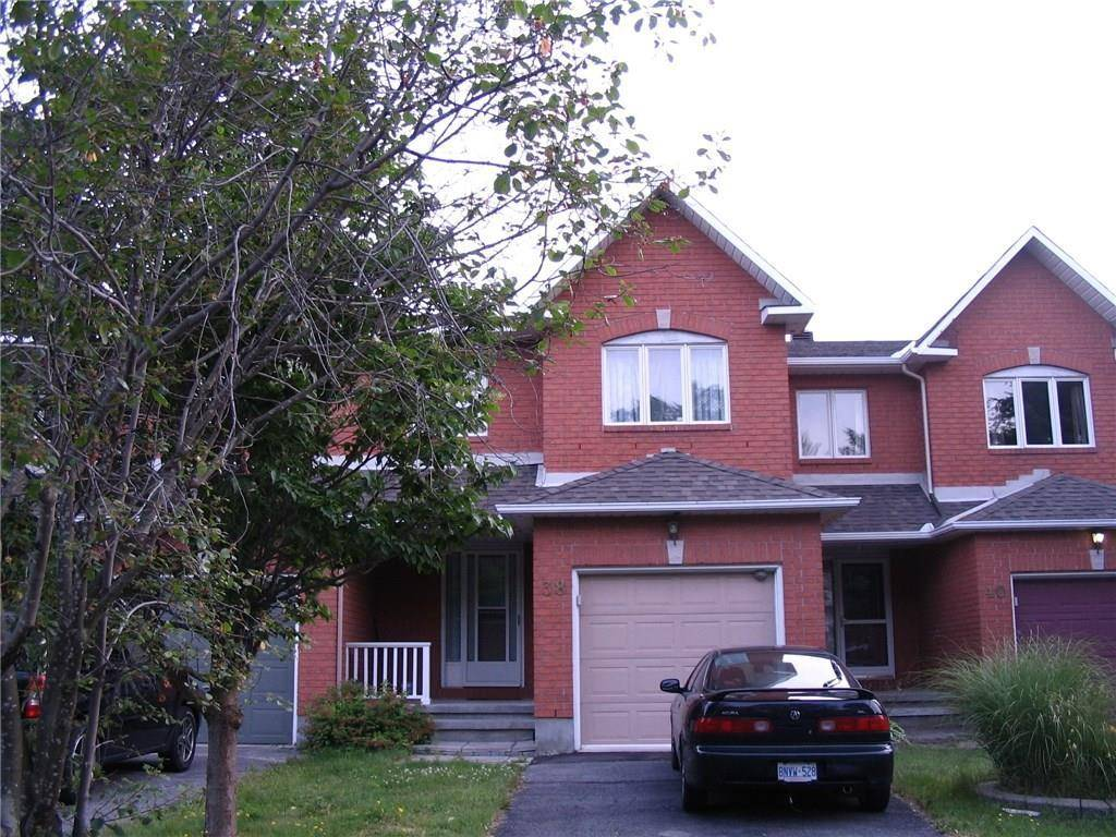 Townhouse for rent at 38 Thornbury Cres Ottawa Ontario - MLS: 1167638