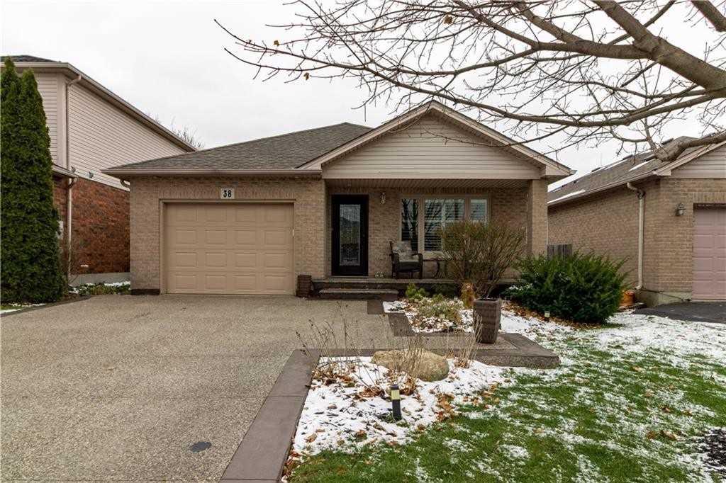 House for sale at 38 Whiterock Avenue Hamilton Ontario - MLS: X4328663