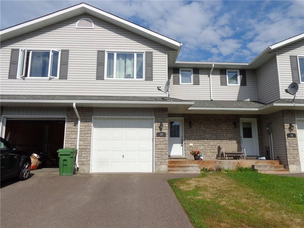 Townhouse for sale at 38 Winston Ave Petawawa Ontario - MLS: 1164891