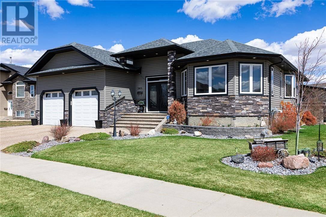 House for sale at 3801 69 St Camrose Alberta - MLS: ca0192988