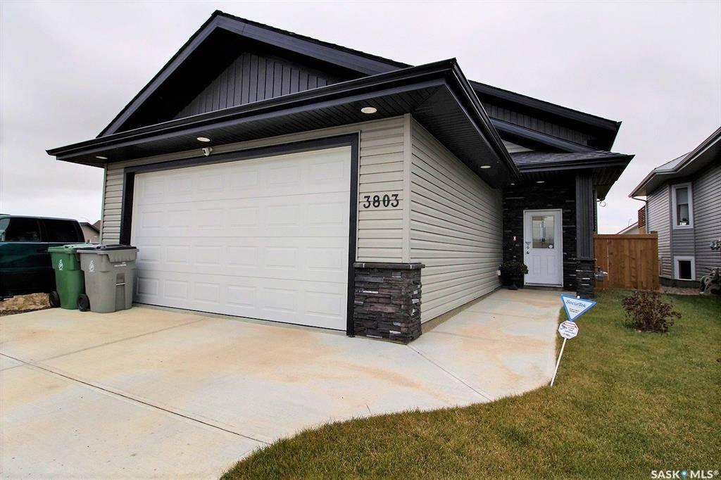 House for sale at 3803 42nd Ave Lloydminster Saskatchewan - MLS: SK789742