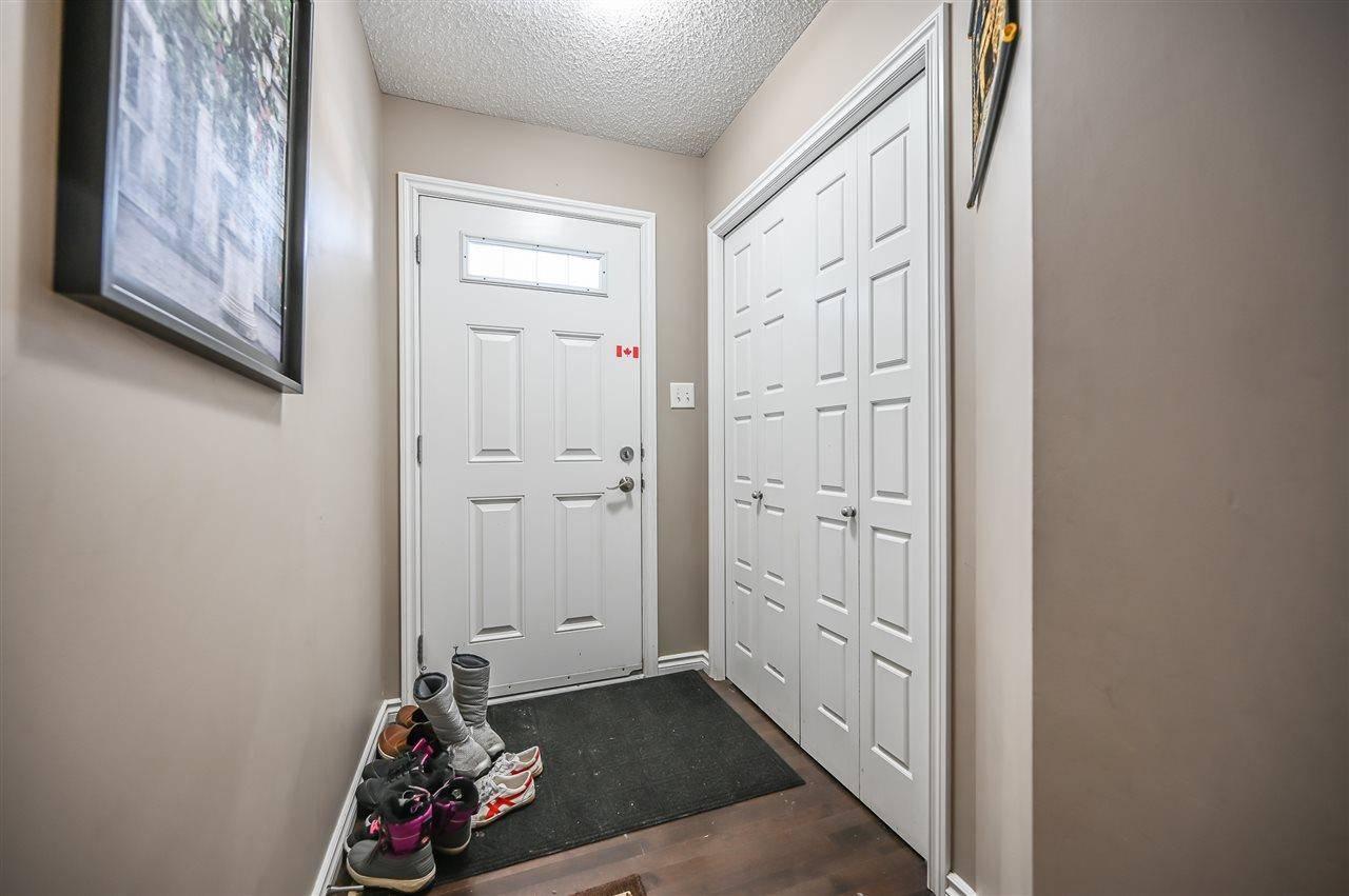 3805 Whitelaw Place Nw, Edmonton | Image 2