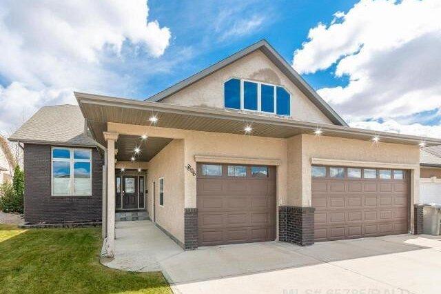 House for sale at 3806 63a Avenue Close  Lloydminster Alberta - MLS: LL65785