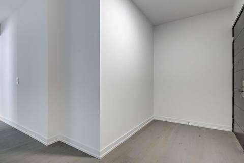 Apartment for rent at 488 Unversity Ave Unit 3807 Toronto Ontario - MLS: C4719466