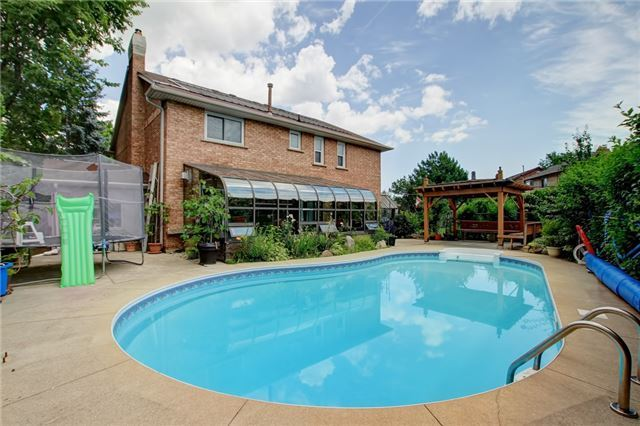For Sale: 3809 Promontory Crescent, Mississauga, ON | 4 Bed, 5 Bath House for $1,399,000. See 20 photos!