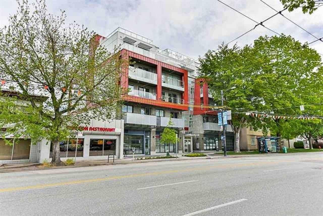 Commercial property for lease at 381 Broadway  East Vancouver British Columbia - MLS: C8028316