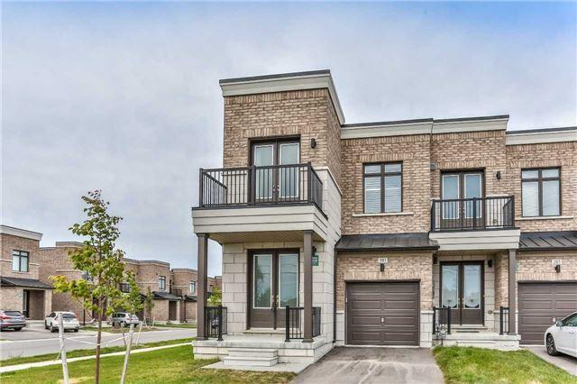 House for sale at 381 Elyse Court Aurora Ontario - MLS: N4243265