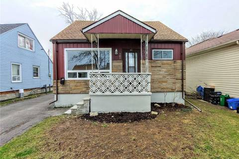 House for sale at 381 Fleet St Welland Ontario - MLS: X4424457