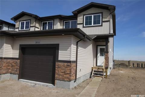 Townhouse for sale at 3810 Gee Cres Regina Saskatchewan - MLS: SK766546