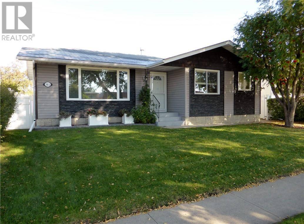 House for sale at 3812 50 St Red Deer Alberta - MLS: ca0180563
