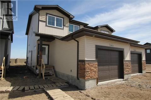 Townhouse for sale at 3814 Gee Cres Regina Saskatchewan - MLS: SK766548