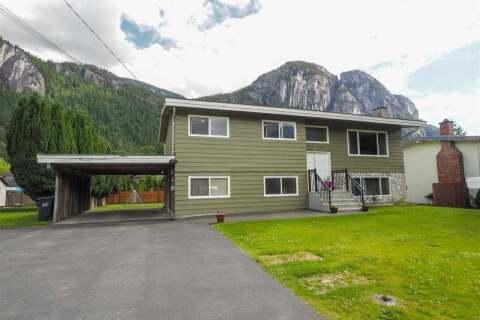 House for sale at 38140 Hemlock Ave Squamish British Columbia - MLS: R2462515