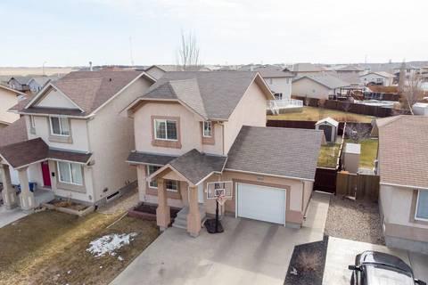 House for sale at 3815 Deutsch Dr E Regina Saskatchewan - MLS: SK768158