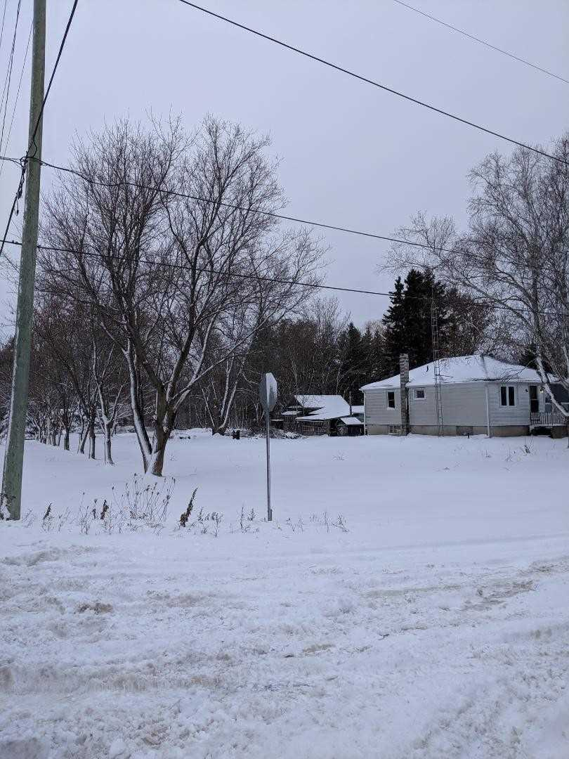 For Sale: 3818 Trulls Road, Clarington, ON | 2 Bed, 1 Bath House for $479900.00. See 11 photos!