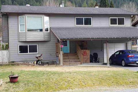 House for sale at 38188 Lombardy Cres Squamish British Columbia - MLS: R2353547