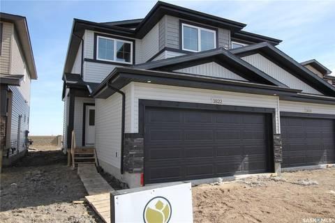 Townhouse for sale at 3822 Gee Cres Regina Saskatchewan - MLS: SK766615