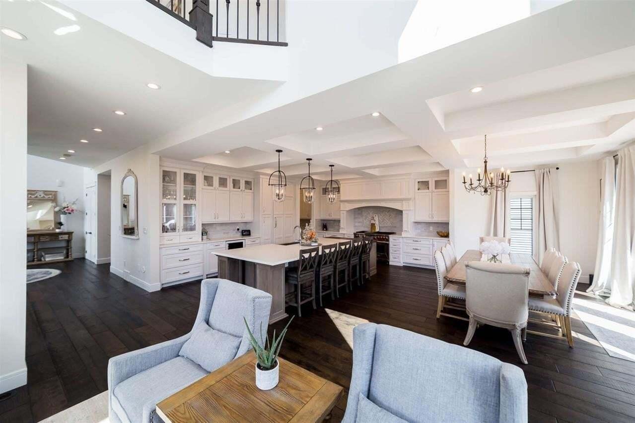 House for sale at 3825 Kidd Ba SW Edmonton Alberta - MLS: E4195772