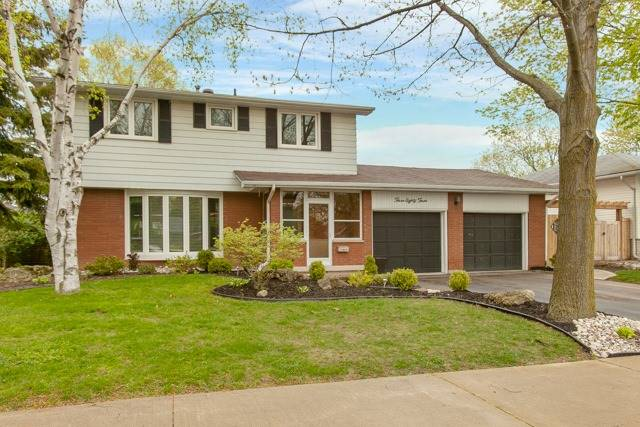 Removed: 383 Cosburn Crescent, Burlington, ON - Removed on 2017-06-13 06:06:26