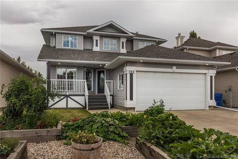 House for sale at 383 Fairmont Blvd S Lethbridge Alberta - MLS: LD0178161