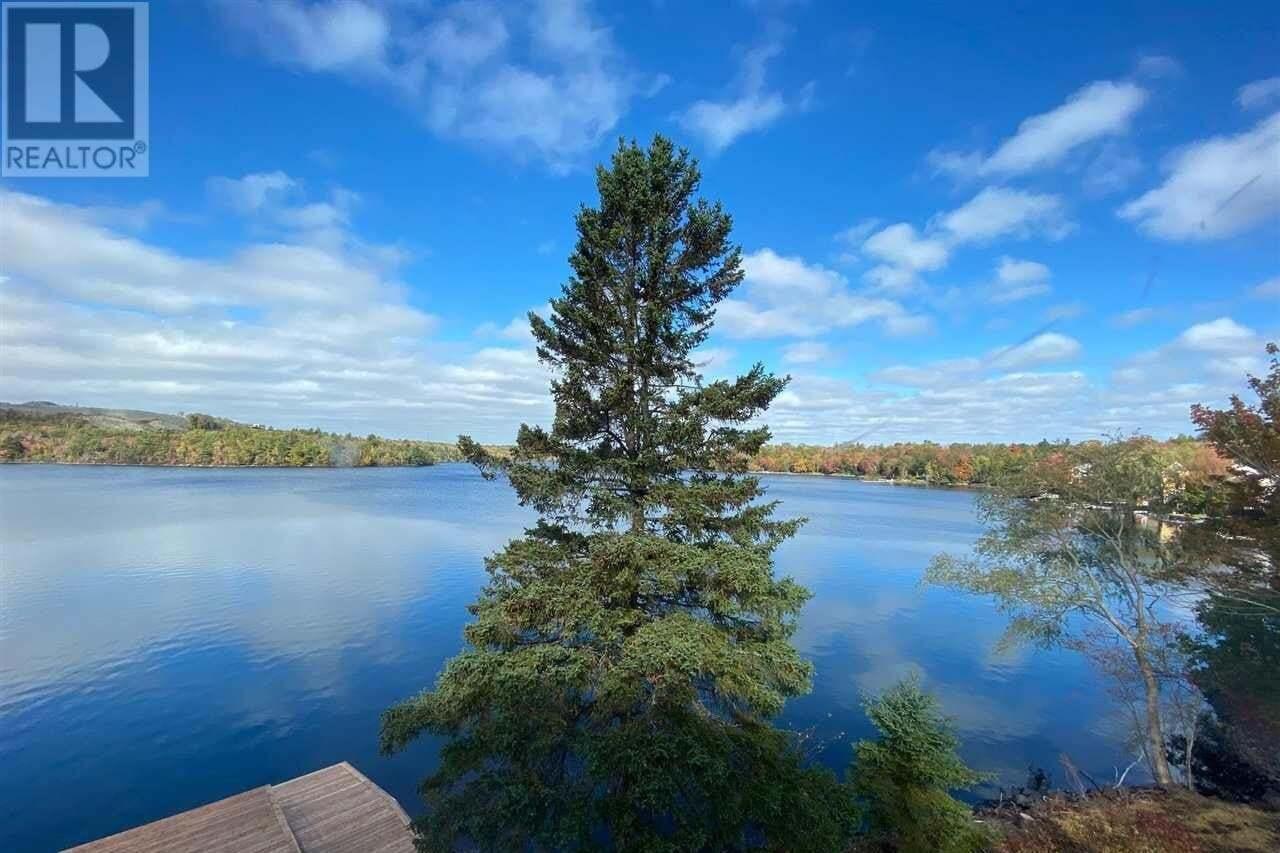 House for sale at 383 Waverley Rd Dartmouth Nova Scotia - MLS: 202015248