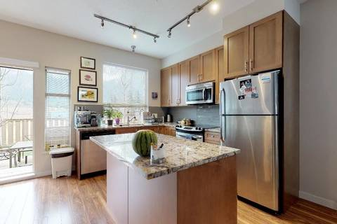 Townhouse for sale at 38348 Eaglewind Blvd Squamish British Columbia - MLS: R2356405
