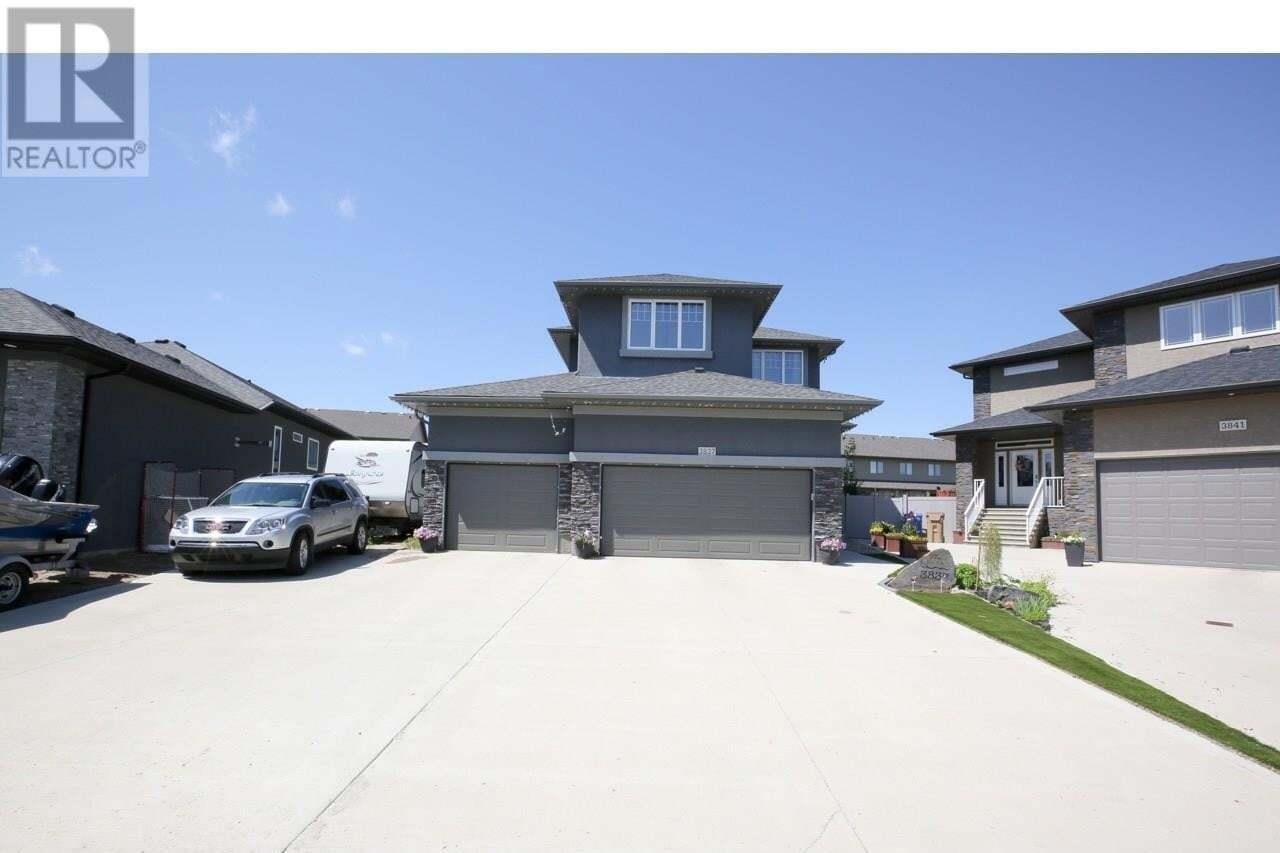 House for sale at 3837 Goldfinch Wy Regina Saskatchewan - MLS: SK818818
