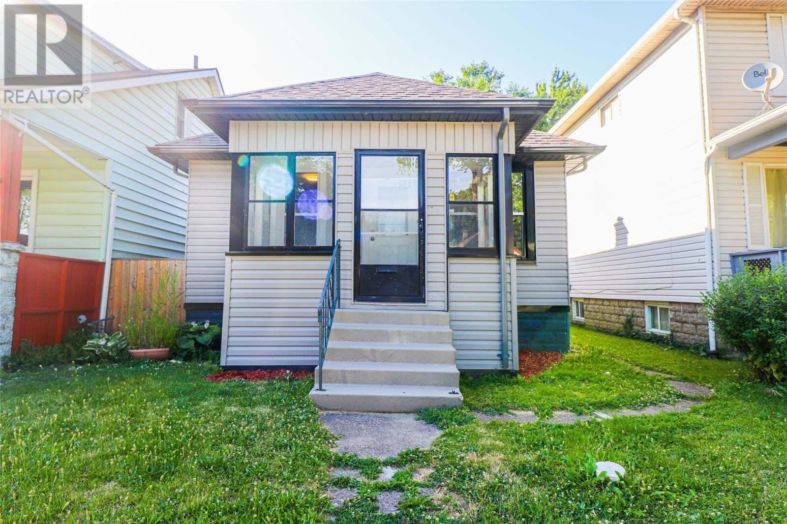 House for sale at 384 Ellis St West Windsor Ontario - MLS: 20008054
