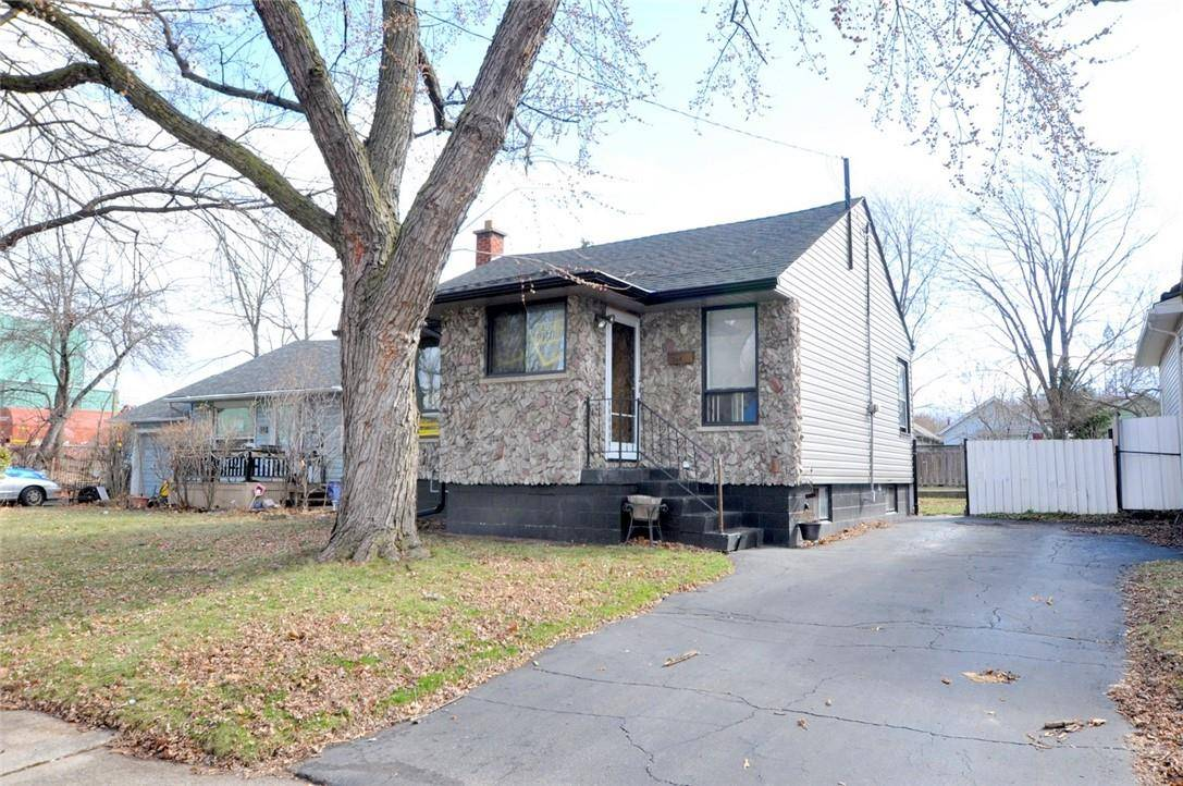 House for sale at 384 Weir St N Hamilton Ontario - MLS: H4073559
