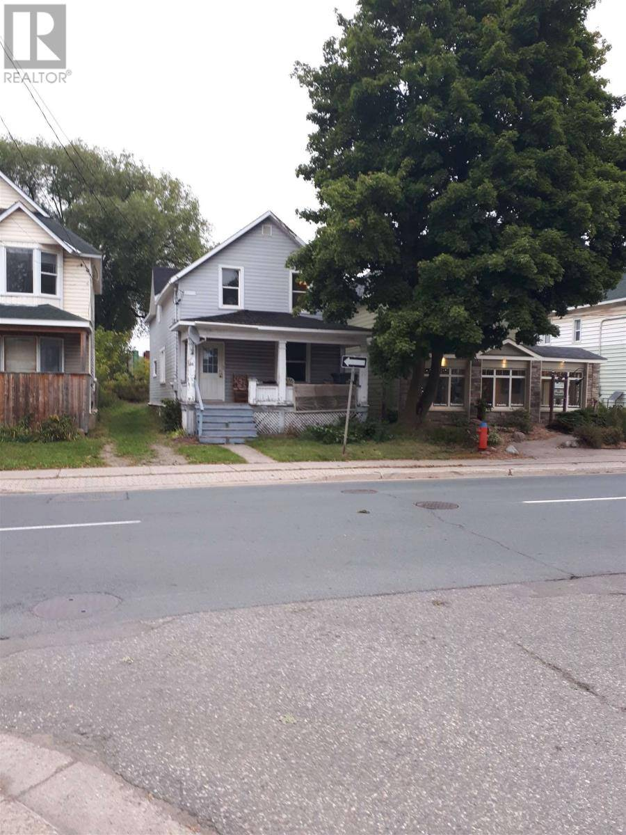 Townhouse for sale at 384 Wellington St Sault Ste. Marie Ontario - MLS: SM127781