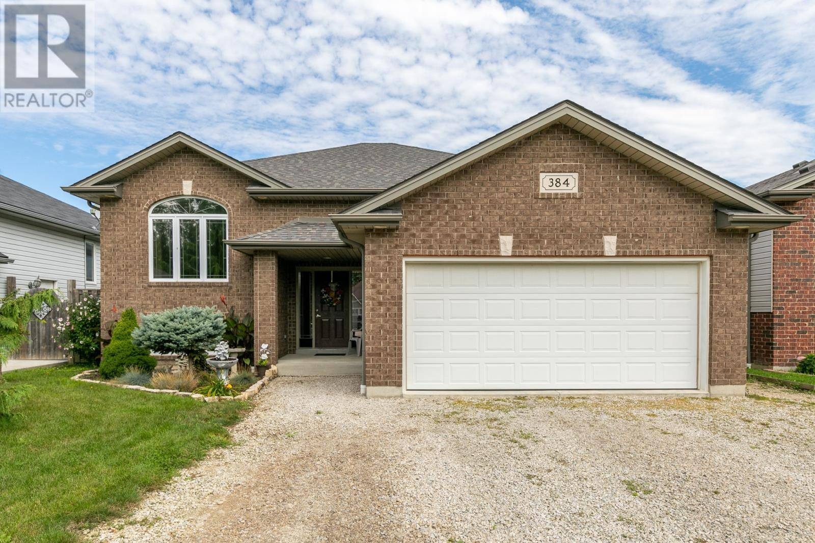 House for sale at 384 White Cres Amherstburg Ontario - MLS: 19024170