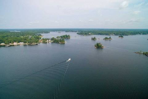 Residential property for sale at 3840 Sparrow Lake  Severn Ontario - MLS: S4437884
