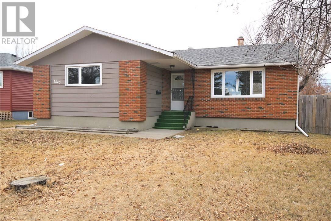 House for sale at 3843 Eastwood Cres Red Deer Alberta - MLS: ca0191211