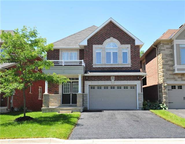 Sold: 385 Gilpin Drive, Newmarket, ON