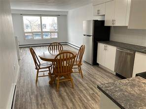 Apartment for rent at 385 Kerr St Oakville Ontario - MLS: O4687908